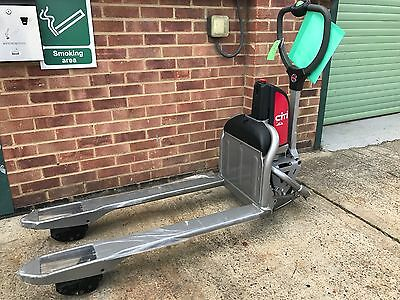 BRAND NEW LINDE Citi Electric Pallet Truck, 500kgs Capacity 550x1150 Forklift
