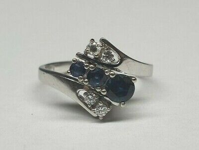 Ladies's 18ct White Gold Diamond & Sapphire Dress Ring