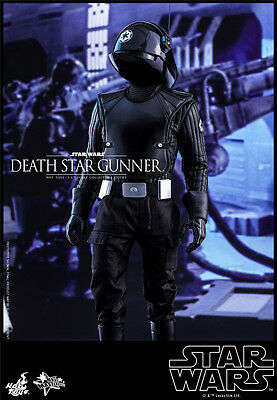 Hot Toys MMS413 Star Wars: Episode IV 1/6th Death Star Gunner Collectible Figure