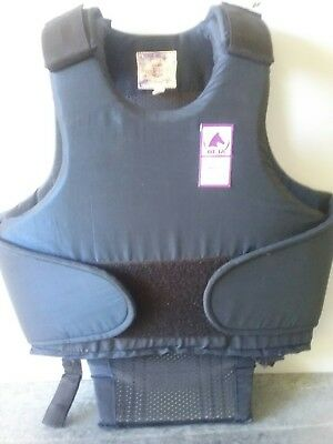 BETA Weatherbeeta size 3 (XS) body and shoulder protector vest equestrian riding
