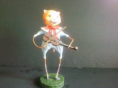 Lori Mitchell The Cat And The Fiddle Figure