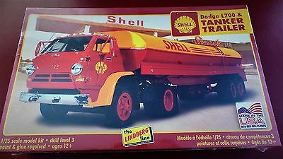 Shell Dodge L700 & Tanker Trailer - Lindberg 1:25 scale Model Kit HL118/06
