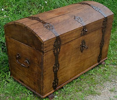 Antique Chest In Oak - Original And Well Preserved! Trunk