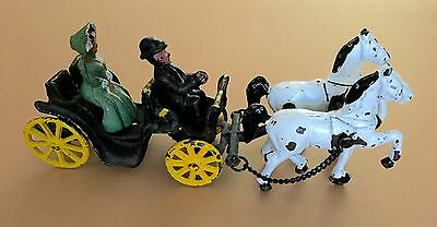 Vntg Cast Iron Metal Amish Man & Woman, 2 Horse drawn Carriage Buggy Wagon Toy
