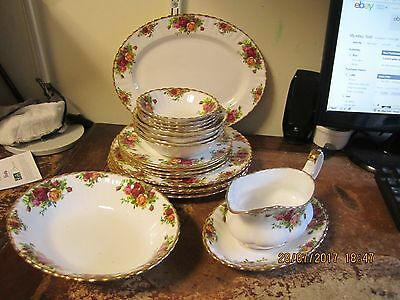 Royal Albert Old Country Roses 4 Place Dinner Set