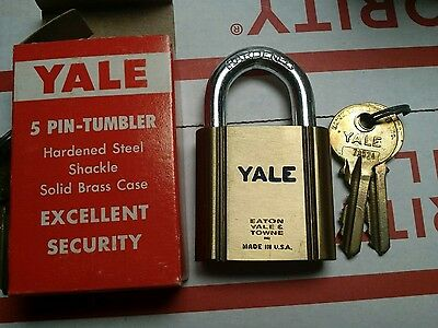 BRAND NEW Vintage Yale Padlock in Factory Box