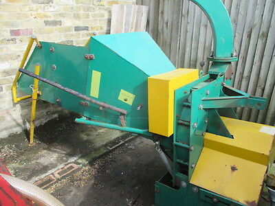 """Wood Chipper 8"""" Tractor Mounted With Pto"""