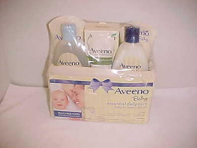 Aveeno Baby Mommy & Me Gift Set, Baby Skin Care Products New expires 08 / 2018