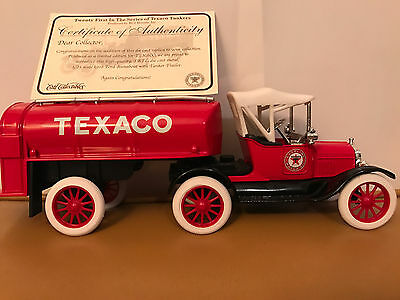 RC 2 1918 Ford Runabout w/ Tanker Trailer bank