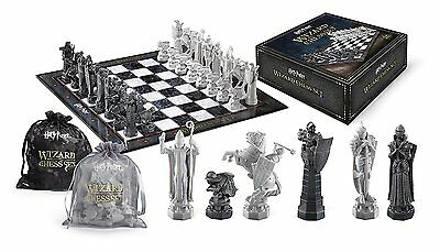 Noble Collection Harry Potter Wizard Chess Set (NN7580) Authentic