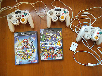 Nintendo Gamecube 2xControllers, Mario 4 & 5 and Playmax controller with 16mb