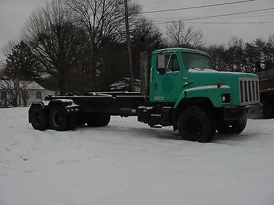 1989 International S2600 Tandem Axle Rolloff Cummins Diesel
