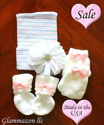 Newborn pink and lilac beanie hat white bow socks and mittens baby girl - 3 set