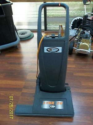 "Used Triple S SSS Lynx 26 Commercial Professional wide area 26"" Vacuum Cleaner"