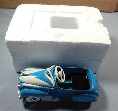 Hallmark Kiddie Car Classics 1941 Steelcraft By Murray Oldsmobile