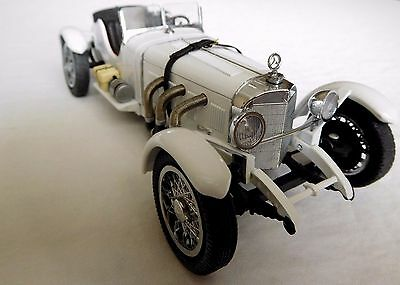DANBURY MINT 1931 MERCEDES BENZ SSKL--1/24 SCALE with C.O.T.