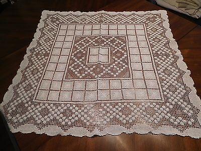 "Vintage Hand-Made Filet Net Lace Tablecloth Off-White 30"" Square - Estate Find"