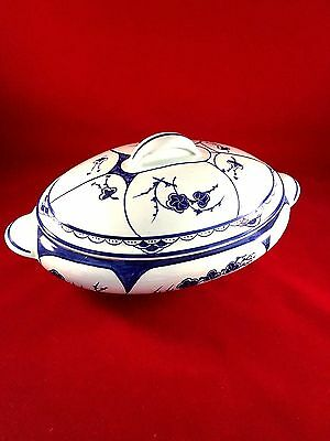 Antique Chinese Blue & White Porcelain Covered Tureen Floral design