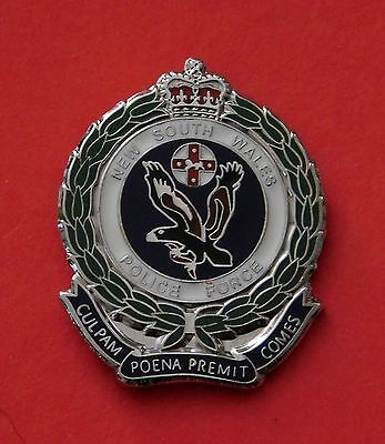 New South Wales Police Lapel Badge  Enamel & Nickel Plated Social Item