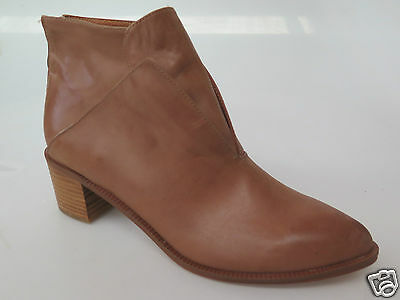 Django & Juliette - new ladies leather ankle boot size 37 #147 *CLEARANCE*