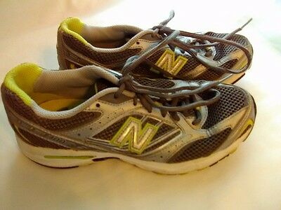 Women's New Balance 400 Athletic Shoes Size 6 1/2