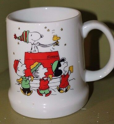 Peanuts Charlie Brown 1975 Merry Christmas Mug