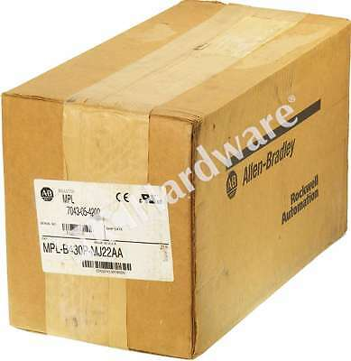 New Sealed Allen Bradley MPL-B430P-MJ22AA /A Servo Motor 460V 5000RPM No Brake