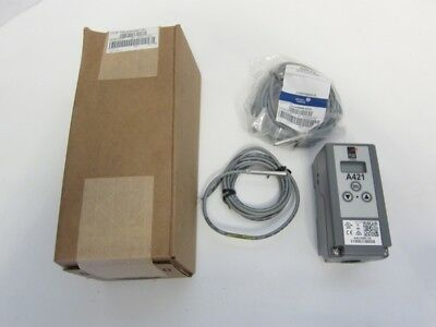 New Penn Johnson Controls A421ABC-02C Electronic Temperature Control