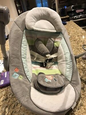 Ingenuity Baby Seat/ Swing  With Music And Vibrating Neutral Color W/Toys
