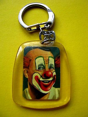 Ancien porte cle Clown SUBITO Collection le cirque N°2 Chocolat Menier