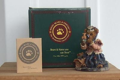 NOS Boyds Bears The Collector from The Bearstone Collection (TM) / Numbered