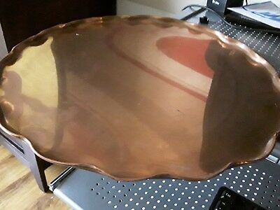 Vintage large copper tray (approx 14 inch diameter)