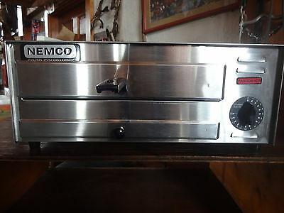 """Nemco Pizza Oven-Counter Top Electric Single Deck Fits 12"""" Pizzas - 6215"""