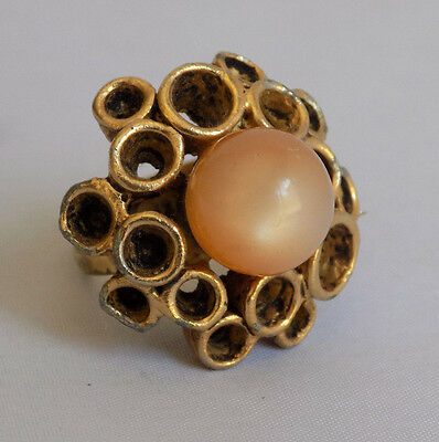 Large Vintage Gold Tone Adjustable Ring Peach Pink Moonglow Stone Circles Bubble