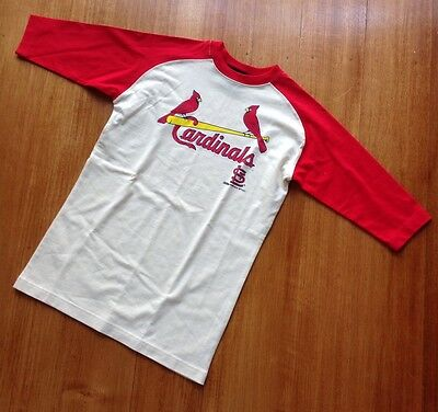 St Louis Cardinals Baseball Official Shirt USA. Stitches Athletic Gear. Small.