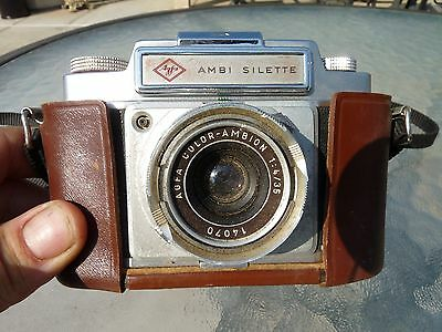 Ambi Silette camera with 1;4/35 lens with leather