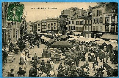 CPA: Avesnes - Le Marché / 1913