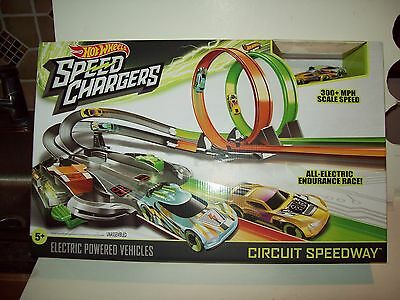 Mattel Hot Wheels Speed Chargers Circuit Speedway...............NEW