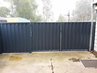 Double Drive Way Gates Colorbond Like New