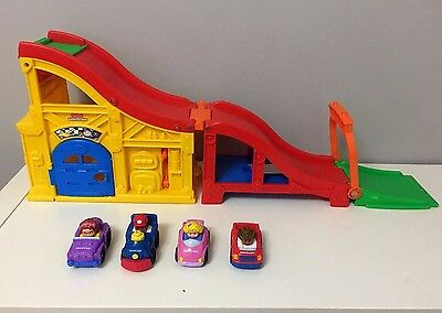 Fisher Price Little People Wheelies Tonka Race and Chase Carrier