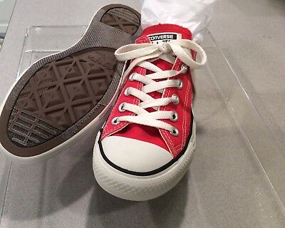 Men's Converse Low Tops - Red Size 5