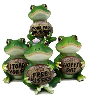 Green Frog Family Figurines Holding Funny Signs Figurine Set Small Collectible