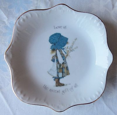 Holly Hobbie  Love Is The Nicest Gift Of All  Dish Plate