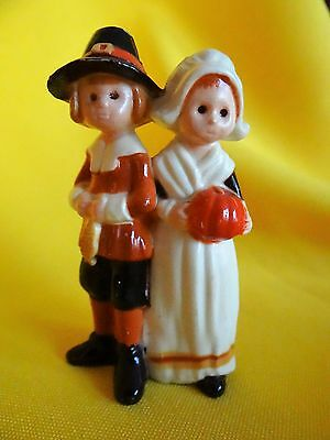 Hallmark merry miniature 1974 pilgrims Thanksgiving rare