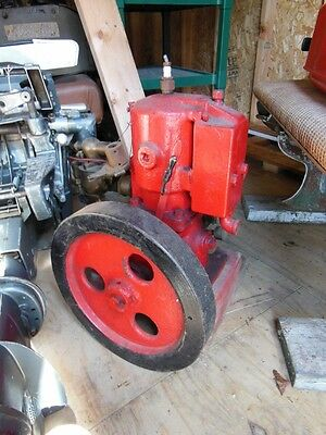 Antique inboard marine engine stationary hit miss complete unknown brand See pic