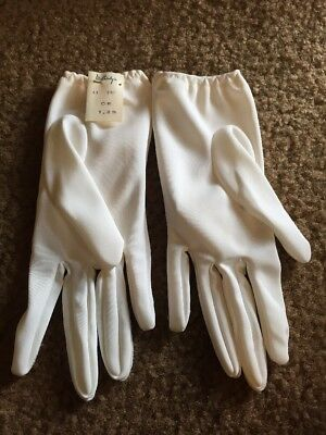 Vintage Ladies White Gloves