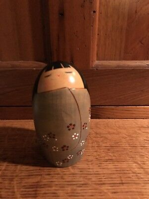 """CUTE Vintage Japanese KOKESHI Wooden DOLL Carved &  Signed 5"""" High"""