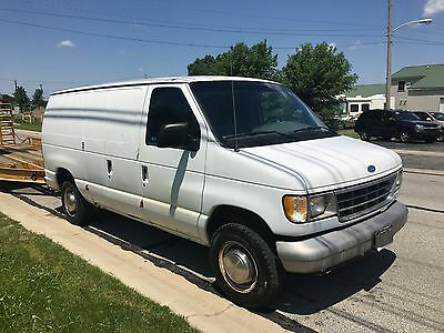 1996 Ford Other  1996 Ford E250 White Van