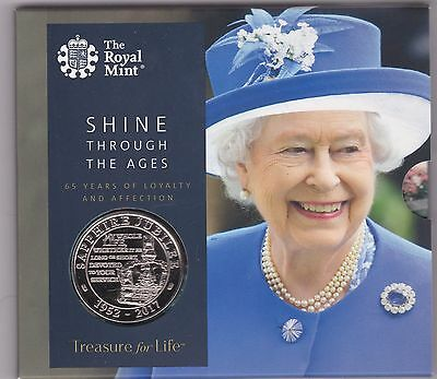 2017 Base Metal £5 Coin In Royal Mint Flatpack Sapphire Jubilee