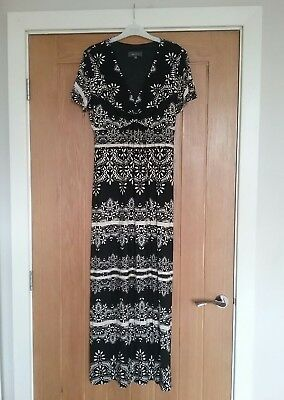 Per Una maxi dress. Size 12. V neck Short sleeve. Ties at waist. Black and white